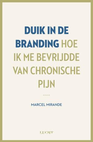 Duik in de branding Marcel Mirande